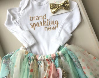 Brand sparkling new shabby chic tutu goong home outfit newborn photos outfit