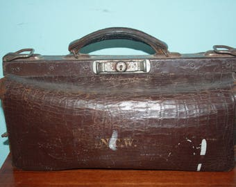 Gladstone N.C.W French Antique Brown Leather Doctors Bag