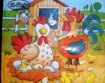 4 napkins paper roosters Easter napkins, towels hen, chicks, Barnyard paper towel paper towel
