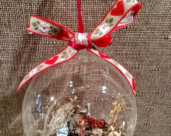 Glass balls with miniature nativity