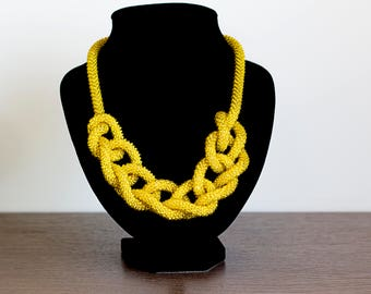 yellow Long Bead Necklace, yellow long lariat, yellow Beaded necklace, beaded lariat, yellow crochet necklace, Long crochet rope, universal