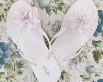 White or black Flip flop with silk flower size 7 size 8 size 9 beach wedding flip flops for wedding guests womens sandals