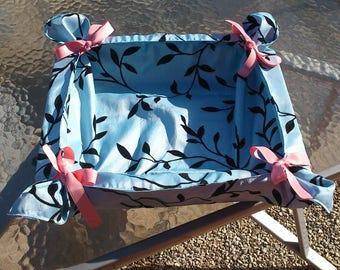 basket fabric with bows