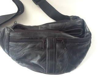 Fanny Pack / Waist Pouch / Black Leather / Money Belt