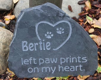 Medium Memorial Stone(Dog or Cat) - left paw prints on my heart