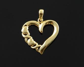 10k Hugs & Kisses XOXO Heart Outline Charm/Pendant Gold