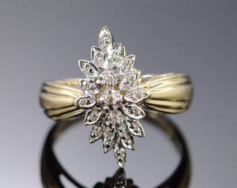 10k 0.10 Ctw Diamond Cluster Ring Gold