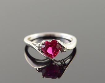 10k 1.15 CTW Red Created Ruby Diamond Heart Ring Gold