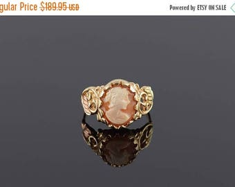 Big SALE Shell Cameo Scalloped Bezel Leaf Scroll Ring Size 8 Gold