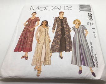 McCall's Sewing Pattern 2808 Misses Petite Duster And Dress Long Short Sleeved Duster V Neckline Bust Darts Button Frog Closure Size 8 10 12