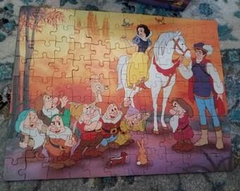 vintage Snow White puzzle / Golden 100 piece jigsaw / Complete / vintage disney / seven dwarves / vintage puzzle
