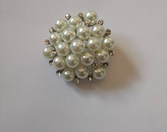 Beautiful Pearl Brooch