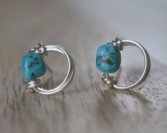 Circular Silver and Turquoise Earrings | Wire Wrapped Jewelry