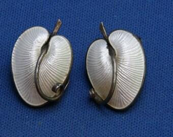 Vintage VB Volmer Bahner Of Denmark Sterling White Guilloche Enamel Calla Lily Clip Earrings