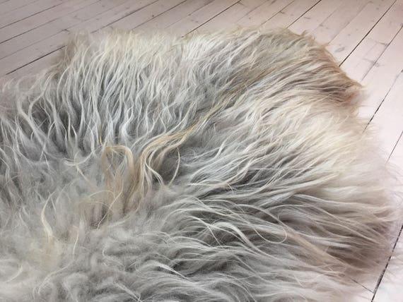 Long haired Sheepskin rug soft, volumous throw sheep skin Faroese pelt natural grey 15114