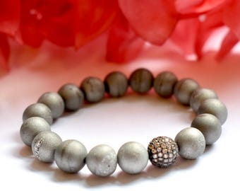 Matte Silver Drusy Agate Stretch Bracelet with Pave Accent Bead, Healing Bracelet, Stretch Elastic, Druzy Agate, Healing Stone, Matte Silver