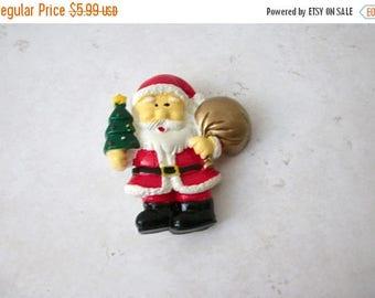 ON SALE Vintage Santa Plastic Pin 71117