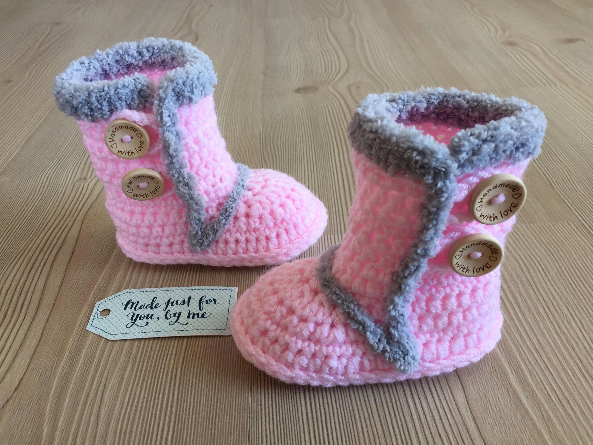 Just Had A Baby Gift Ideas : Crochet baby girl pink winter booties gift idea shower
