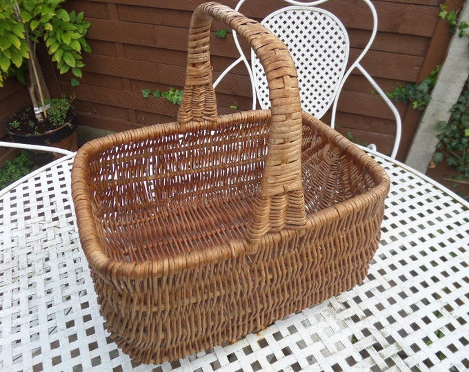 """FREE SHIPPING Wicker Shopping Basket, Harvest Basket, Flower Basket, Brown Woven Willow, Good Vintage Condition, 13"""" x 12"""" x 10"""", Circa 1950"""