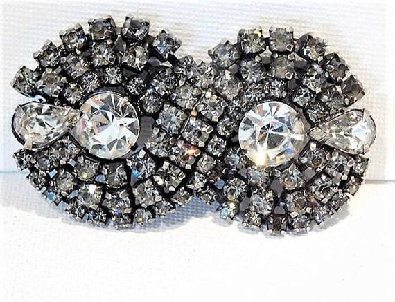 KRAMER Rhinestone Brooch /Designer Fashion / 1940s / Wedding / Bride / Jewelry