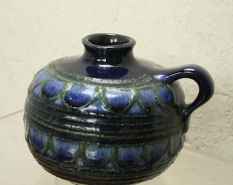 east german pottery by Strehla  9025