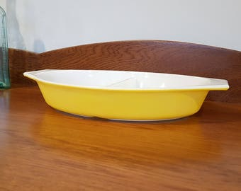 Pyrex JAJ Lemon Yellow Divided Casserole Dish, Vintage Pyrex, Collectable Pyrex, 1960's, Serving dish, Vegetable dish, Retro, Made in USA.
