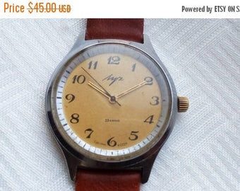 ON SALE LUCH (Ray) 2209, luch watch, Gold Plated movement 23 Jewels Calibr # 2209 made in Ussr