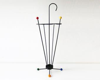 Atomic wire umbrella stand