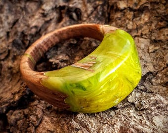 Size 7  Wood Resin Ring - Pistachio green