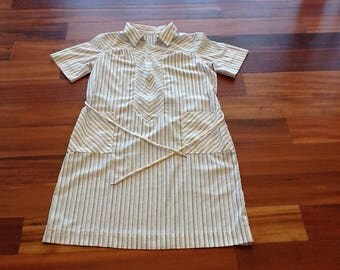 1960's-1970's ZIP & DASH Striped HOUSEDRESS
