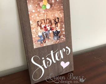 Sisters Picture Frame.Sister Frame.Picture Frame.Sisters Gift Idea.Display Photos.Photo Hanger.Wall Decor.Sister Gift.Picture Frame.Decor