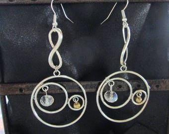 earring silver and glass bead