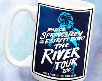 Bruce Springsteen - The River Tour. 1 x 11oz Mug, dishwasher safe