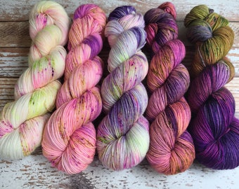 PREORDER - So Faded Kit - Hand Dyed Yarn