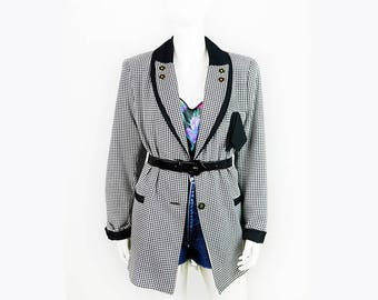 Vintage black and white Blazer with Houndstooth pattern
