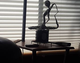 ships world wide **canadian residents 20CANADAONLY 20% code - Alien yoga pose - finding your inner space.  Zen sculpture.  Out of this world