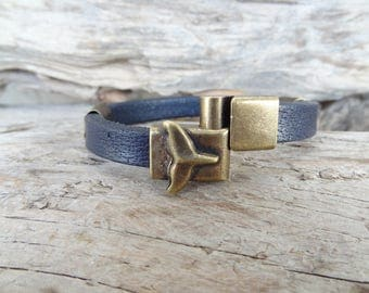 EXPRESS SHIPPING,Men's Dark Blue Leather Bracelet, Whale Tail Bracelet,Antique Magnetic Clasp Bracelet,Gift for Him,Father's Day Gifts