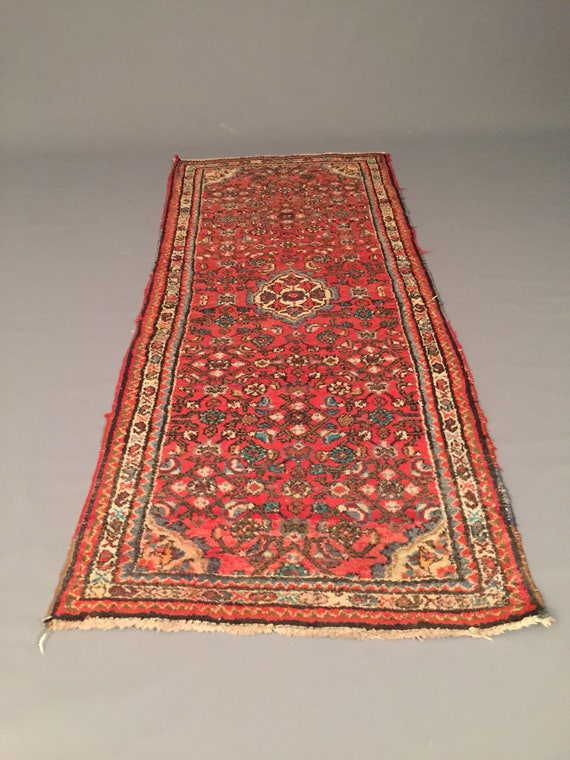Handmade saruque traditional rug 32x72 inches