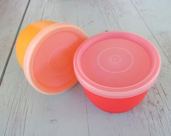 Vintage Tupperware lot of 2 # 1229 Cup  Snack Bowls with G lids