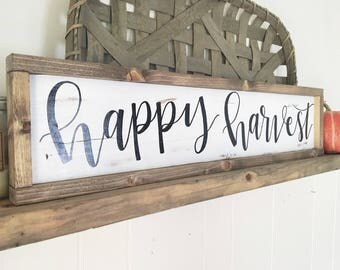 Happy Harvest sign// FALL home decor