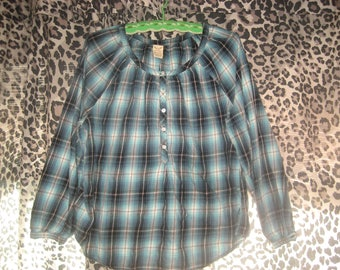 Turquoise/Black/White Button Front and at Wrists Women's Top Size 16-18 XL