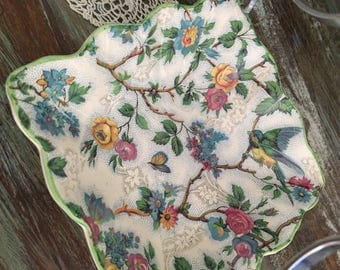 Stunning highly collectable lorna doone chintz bonbon dish / a lovely blue tit floral midwinter chintz dish