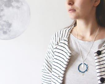 Bohemian necklace silver, hoops and sequins