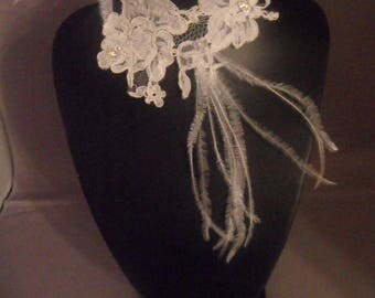 Lace ivory and Pearl wedding necklace