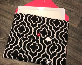 "Cricut Bright Pad ""Quilted"" Cover Holder Case Black and White Quatrefoil Handmade lined with Batting and (Choose Color) lining"