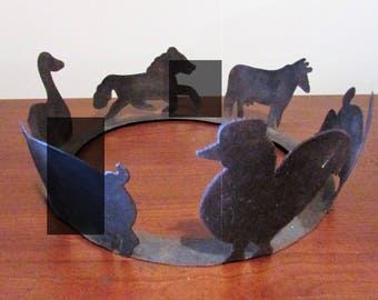 VintageTin Metal Cut-Out Farm Animal Decorative Ring