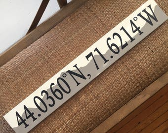 Custom Mountain Longitude Latitude Wooden Sign, Sign Coordinates, Latitude Longitude Sign, Housewarming gift, Custom Engagement gift