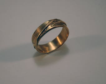 Evasion ring handmade in bronze