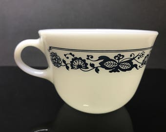 Pyrex Old Town Blue /Blue Onion Pattern Tea Cup