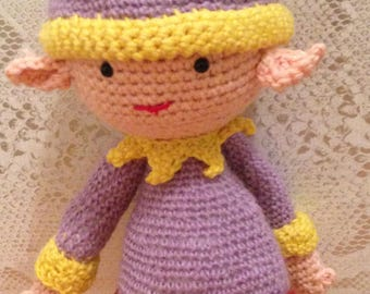 Pixie blanket crocheted in cotton with fun details